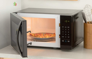 Amazon Basics Microwave, 0.7 Cu. Ft.